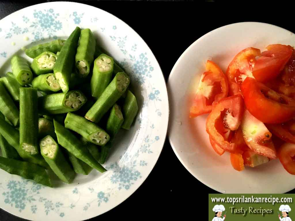Okra Tomato Coconut Curry | Easy Lady's Finger Milk Curry Recipe